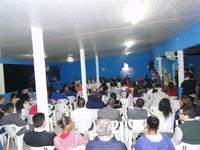 Dezenas de moradores participam das audiências que debatem água e esgoto em Bertioga