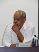 Vereador Feliciano quer semáforos para melhorar o trânsito na região central