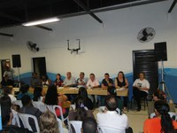 Vereadores e comunidade debatem problemas do Nace e Equoterapia